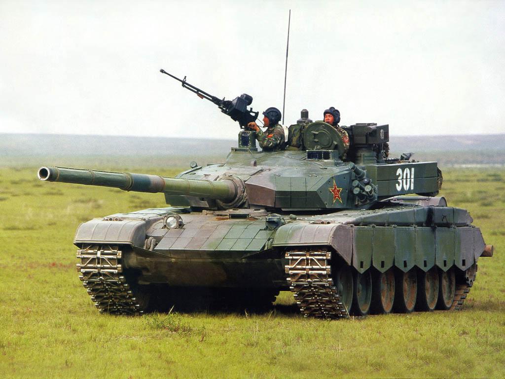 С учеными разрабатывают танки