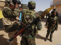 Противники Каддафи просят НАТО начать бомбардировки Ливии, а США просит вмешаться Саудовскую Аравию.