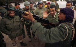 """Франция и Великобритания готовят бомбардировки Ливии, а """"миротворец"""" Каддафи обещает сегодня ночью массовую резню!!!"""