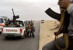 Армия верная полковнику Каддафи перешла в контрнаступление. Авиация Франции открыто потдерживает мятежников!!!