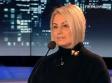 Анну Герман как и Януковича забросали яйцами.